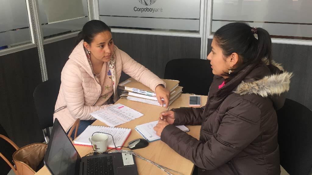 Foto Mesa de trabajo municipio Santa Sofía