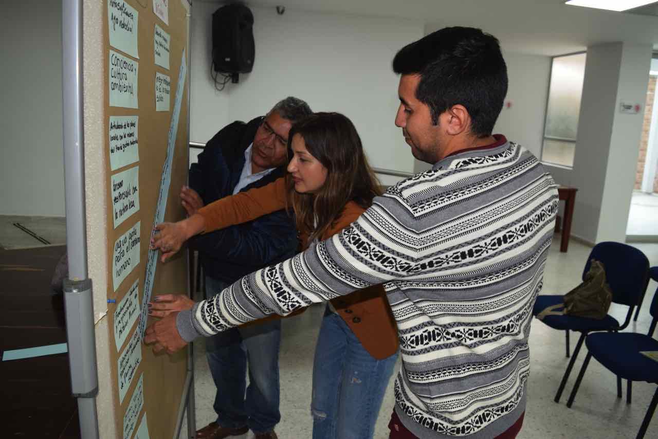 Foto planeación del desarrollo sostenible de 87 municipios a través del PGAR