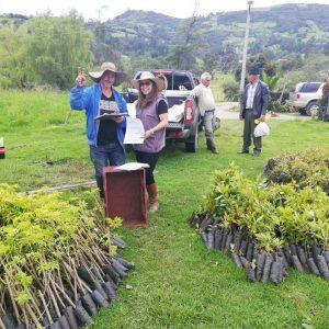 Entrega de material vegetal a usuarios municipio de Belén