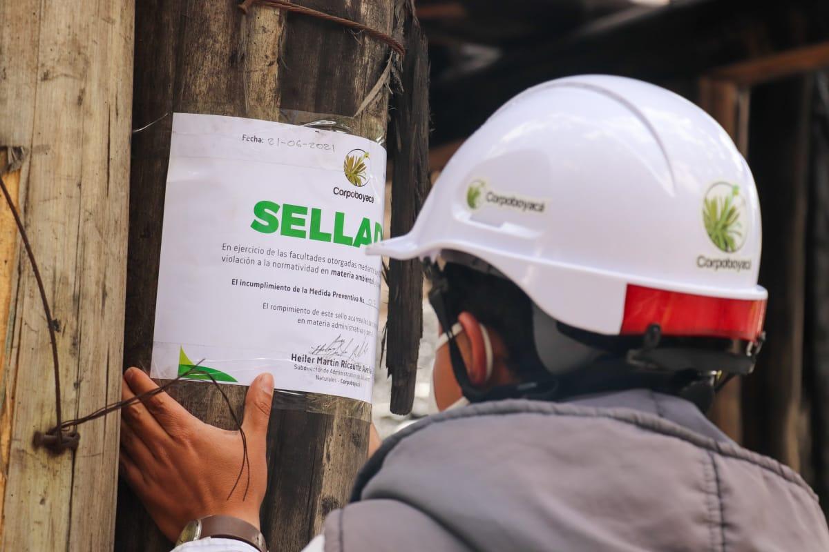 Foto Por incumplimiento a la normatividad ambiental, Corpoboyacá cierra cinco minas de carbón en Samacá